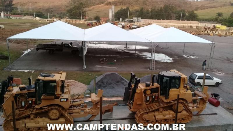 Venda de tenda piramidal